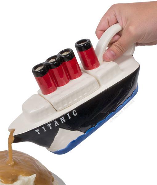 12421 Titanic Gravy Boat