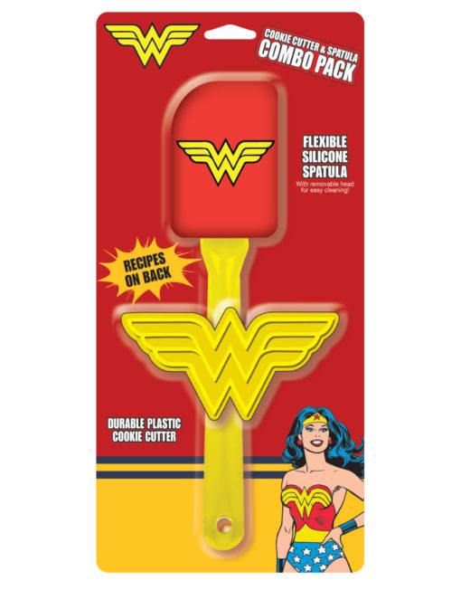 15943_thePHAGshop_Novelty Wonder Woman Kitchen Spatula and Cookie Cutter Combo