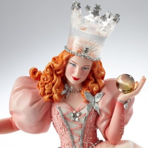 4040904 Glinda Couture Sculpture- Detail