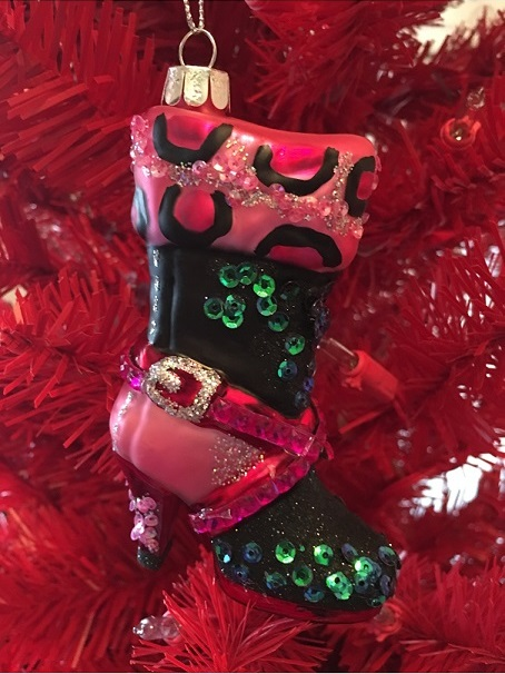 79-79885_thePHAGshop_Blown Glass Leopard Boot Oranment- Diva Collection