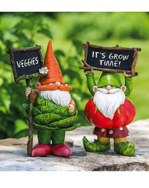 845912_thePHAGshop_Veggie Garden Kitchen Gnome with Chalkboard