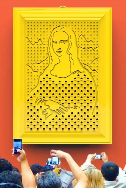 AKT020_thePHAGshop_Mona Lisa Kitchen Gallery Grater- Display