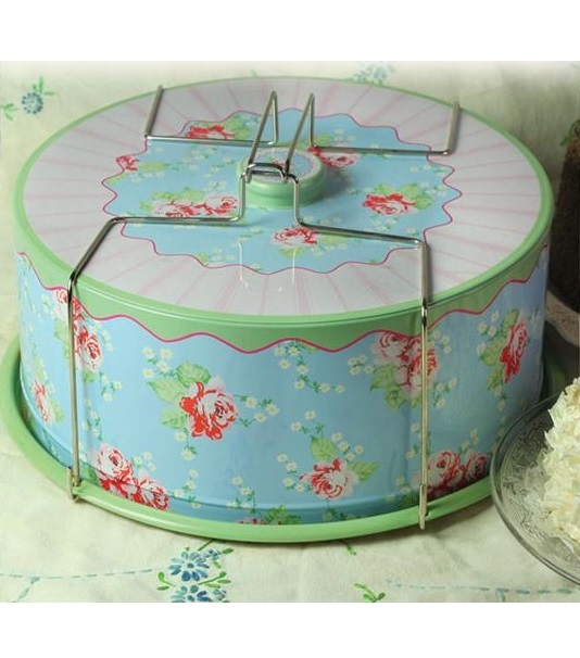 CO3525465_thePHAGshop_Nostalgic Metal Cake Carrier