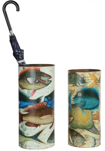 DE7363 Fish Umbrella Holder Use