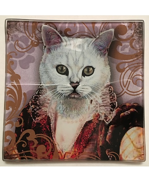 KA148_thePHAGshop_ Royal Feline Decorative Glass Cat Trays- Detail 3