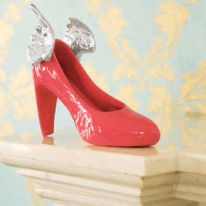 LCT0148_thePHAGshop_Porcelain Glazed Winged Shoe Sculpture- Poppy