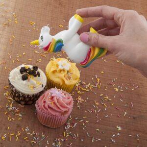 SHO1351 Unicorn Sprinkler Use