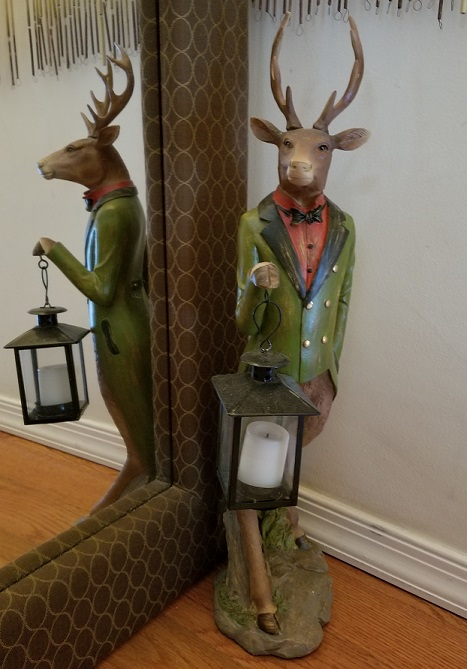 XC7977_thePHAGshop_Dapper Deer Sculpture with Lantern Tealight- Use